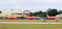 RED ARROWS J78A0798 (M0JRA) Tags: aerobytes migs red arrows osprey a400m atlas mcdonnell douglas swiss airforce hornet f16 riat people visitors sky clouds rain flying jets props aircraft
