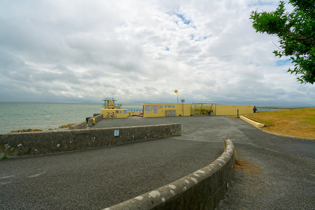 THIS IS KNOWN AS BLACKROCK BEACH [SALTHILL GALWAY]-154463