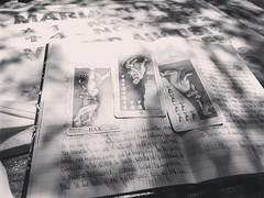 Tirada de Tarot del 16 de junio de 2019. (yaotl_altan) Tags: tarot tarocco tarô таро davincitarot davinci panteón cemetery friedhof cimetière cimitero клaдбищe cemitério graveyard кладбищекораблей