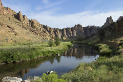 Smith Rock and Crooked River, Oregon (Bonnie Moreland (free images)) Tags: water river winding rocks cliffs canyon grasses reflection smithrock oregon crookedriver