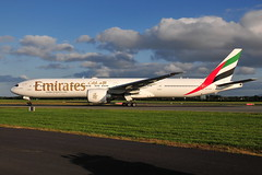 A6-EGD Boeing 777 Emirates (eigjb) Tags: dublin airport eidw ireland collinstown international jet transport airliner aircraft airplane aeroplane plane spotting aviation 2019 a6egd boeing 777 emirates b777 777300er dubai ek163