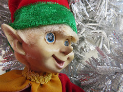 Christmas Elf (meeko_) Tags: christmas elf christmaself retro decoration christmasdecoration tinsel oscars super service oscarssuperservice shop hollywoodboulevard disneys hollywood studios disneyshollywoodstudios themepark walt disney world waltdisneyworld florida disneychristmas disneyholidays