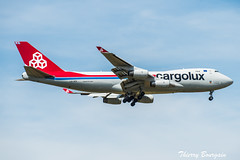 [CDG] Cargolux Airlines International Boeing 747-400F _ LX-VCV (thibou1) Tags: thierrybourgain cdg lfpg spotting aircraft airplane nikon d810 tamron sigma cargoluxairlinesinternational boeing boeing747 b747 b747400f landing lxvcv fret freight cargolux