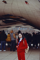 Cloud Gate (TheJennire) Tags: photography fotografia foto photo canon camera camara colours colores cores light luz young tumblr indie teen adolescentcontent people portrait cloudgate chicago redaesthetic 2018 winter makeup usa eua unitedstates illinois