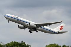 B-5977 Airbus A330-343 EGLL 21-07-19 (MarkP51) Tags: b5977 airbus a330343 a330 airchina ca cca london heathrow airport lhr egll england airliner aircraft airplane plane image markp51 nikon d500 nikonafp70300fx