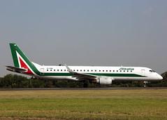 EI-RNB Embraer 190LR Alitalia Cityline (Keith B Pics) Tags: eirnb alitalia keithbpics embraer e190 southendairport sen londoncity pttpc diversion