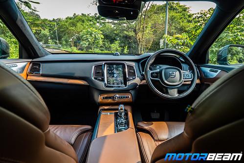 Volvo-XC90-T8-Hybrid-15