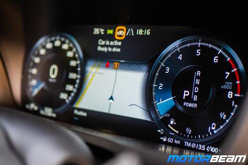 Volvo-XC90-T8-Hybrid-34
