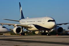 P4-MLO (Comlux Aviation Aruba) (Steelhead 2010) Tags: comlux airbus a330 a330200 bizjet yyz p4reg p4mlo