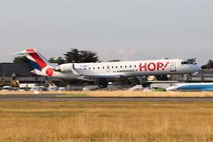 Bombardier CRJ-701 (CL-600-2C10) HOP! for Air France F-GRZJ (Niko Hpx) Tags: bombardiercrj701 bombardier crj701 cl6002c10 canadairregionaljet hopforairfrance hop fgrzj msn10096 cn10096 crj700 y70 gecf348c1 ge cf348c1 generalelectric a5 airhop landing attérissage rennessaintjacques rennes lfrn rns panning