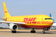 Airbus A300B4-622R(F) DHL (European Air Transport) D-AEAR (Niko Hpx) Tags: dhl a300 qy a300600 a300f europeanairtransport a300622rf airbusa300b4622rf eurotrans 300622rf rennes freight freighter bcs pw rns prattwhitney airfreight aircargo avioncargo lfrn rennessaintjacques aircraftcargo planecargo cn7030 fwwav pw4158 msn7030 bcs880p pwpw4158 daear bryanadamsshinealightworldtour2019