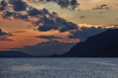 Lake Biel – Sunset (Thomas Mulchi) Tags: 2017 biel bienne cantonofbern switzerland lake lakebiel lacdebienne sunset clouds bern
