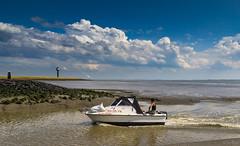 Waarde (Omroep Zeeland) Tags: waarde eb vloed vaargeul getijdenhaventje westerschelde vissersbootje zeegroenten vpgzeegroenten