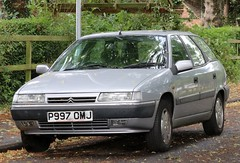 P997 OMJ (1) (Nivek.Old.Gold) Tags: 1996 citroen xantia 20i vsx auto estate northhertscitroen letchworth