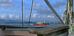 Pedreñera (Santander) (alfonsocarlospalencia) Tags: pedreñera bahía santander azul rojo nordeste ii nubes agua cabos luz composición desenfoque