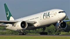 AP-BGJ (AnDyMHoLdEn) Tags: pia pakistaninternationalairlines 777 boeing777 egcc airport manchester manchesterairport 23l