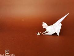 Cat Game - Barth Dunkan. (Magic Fingaz) Tags: barthdunkan cat chat gato kitten origami origamicat gatto kedi kočka kot kucing mačka paperfolding γάτα кіт мачка ネコ 猫 ecorigami mfpp magicfingaz