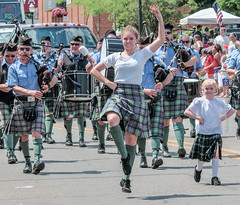 Highland Dance (scattered1) Tags: july4th dancer mi kilt marquette leap bagpipe upperpeninsula dance girl parade musician play michigan band plaid highland jump drum march keweenawschoolofhighlanddance northernmichigan woman northern independenceday hover perform 2019 scottish summer