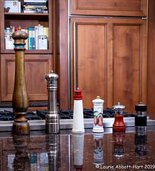 20190726 Spicy29896-Edit (Laurie2123) Tags: fujixt2 fujinon1855mm laurieturnerphotography laurietakespics laurie2123 odc ourdailychallenge home offcameraflash peppermill spices pepper