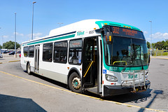 Durham Region Transit New Flyer XD40 (Can Pac Swire) Tags: whitby go station ontario canada canadian bus train railway durham transit region regional 2018aimg1392 newflyer xd40 8537
