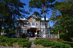"""Villa Maija"" (Seppo53) Tags: hanko finland villa summer architecture wooden vintage tree grass balcony terrace window roof sunny afternoon house sky flora stairs"