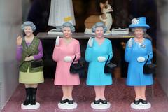 QUEENS (Rick & Bart) Tags: art london uk city urban camdentown rickvink rickbart canon eos70d queen queens