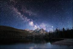 Stanley Lake, Idaho (PrevailingConditions) Tags: stanleyidaho sawtooth sawtoothmountains milkyway stars mountains lake sky trees sawtoothwilderness