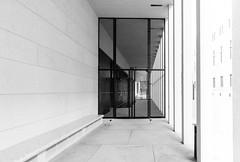 Chipperfield´s sticks (rainerralph) Tags: highkey architektur fe401224g jamessimongallery davidchipperfield chipperfield architecture sony jamessimongalerie berlin a7r3 berlinmitte