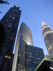 Skyscrapers in Kuala Lumpur (michiru_maeda) Tags: petronas skyscrapers evening sky highrise high rise buildings klcc kuala lumpur landmark malaysia office outdoor south east asia superstructure tall tallest twin tower
