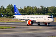 SE-ROR Airbus A320-251N SAS Scandinavian Airlines (Andreas Eriksson - VstPic) Tags: deliveryfromhamburgofsasbrandnewbird gandalfviking seror airbus a320251n sas scandinavian airlines