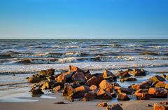 Sea of Azov. (denkuznets81) Tags: sea seascape sedovo shore beach stones waves donbass summer azov море азовскоеморе седово донбасс пляж утро nature