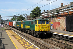 86627 86639 Forest Gate (CD Sansome) Tags: forest gate station geml great eastern main line train trains 86 86639 86627 cans freightliner al6 british rail br 4l41 crewe basford hall felixstowe north