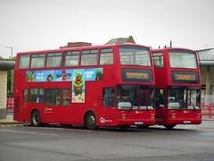 Go North East 6927 (LX54GZE) & 6929 (LX54GZT) - 27-07-19 (peter_b2008) Tags: buses volvo president transport coaches sunderland gonortheast londongeneral plaxton transbus 6927 6929 b7tl buspictures goaheadlondon goaheadgroup lx54gzt pvl413 lx54gze