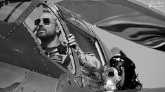 44-53254/N25Y - Lockheed P-38 L Lightning (Laurent Quérité) Tags: canoneos5dmarkii canonef100400mmf4556lisusm meetingaérien airshow aérotorshow valencechabeuil france drôme aéronef aviation lockheed p38 lightning theflyingbulls raimundriedman redbull canonfrance noirblanc blackwhite portrait pilote casque homme man