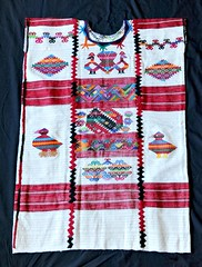 Huipil Chinantec Oaxaca Mexico Textiles (Teyacapan) Tags: mexican textiles ropa vestimenta usila elplatanal oaxacan weavings tejidos trajes