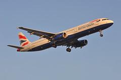 'BA961L' (BA0961) MUC-LHR (A380spotter) Tags: approach landing arrival finals shortfinals threshold belly airbus a321 200 geuxl internationalconsolidatedairlinesgroupsa iag britishairways baw ba ba961l ba0961 muclhr runway27r 27r london heathrow egll lhr