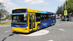 Transdev Lancashire United 566 B10YKR (aptyldsley) Tags: volvo volvob10ble wrightbus wright renown blackburn transdev