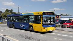 Transdev Lancashire United 567 B10YKS os (aptyldsley) Tags: volvo volvob10ble wrightbus wright renown blackburn transdev