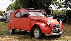 Citroën 2CV (Wouter Bregman) Tags: 1776wj45 citroën 2cv citroën2cv 2pk eend geit deuche deudeuche célébrationcentenairedecitroën célébration centenaire 2019 lafertévidame 28 eureetloire eure et loire france frankrijk vintage old classic french car auto automobile voiture ancienne française vehicle outdoor