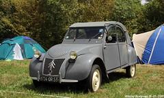 Citroën 2CV 1956 (Wouter Bregman) Tags: 8724qr53 citroën 2cv 1956 citroën2cv 2pk eend geit deuche deudeuche ribbelkap célébrationcentenairedecitroën célébration centenaire 2019 lafertévidame 28 eureetloire eure et loire france frankrijk vintage old classic french car auto automobile voiture ancienne française vehicle outdoor