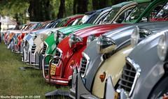 Citroën 2CV (Wouter Bregman) Tags: citroën2cv 2pk eend geit deuche deudeuche 2cv6 célébrationcentenairedecitroën célébration centenaire citroën 2019 lafertévidame 28 eureetloire eure et loire france frankrijk vintage old classic french car auto automobile voiture ancienne française vehicle outdoor