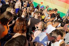 Berlin Pride - CSD in Berlin 2019 [4/7] (Pascal Volk) Tags: berlin tiergarten strasedes17juni 17thofjunestreet calledel17dejunio berlinpride csd csdberlin happypride 50jahrestonewall–jederaufstandbeginntmitdeinerstimme queer christopherstreetday2019 street people crowd masse berlinmitte sommer summer verano canoneosr canonrf35mmf18ismacrostm 35mm dxophotolab