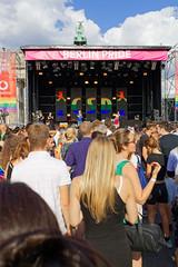 Berlin Pride - CSD in Berlin 2019 [1/7] (Pascal Volk) Tags: berlin tiergarten strasedes17juni brandenburgertor 17thofjunestreet calledel17dejunio berlinpride csd csdberlin happypride 50jahrestonewall–jederaufstandbeginntmitdeinerstimme queer christopherstreetday2019 street people crowd masse berlinmitte sommer summer verano canoneosr canonrf35mmf18ismacrostm 35mm dxophotolab