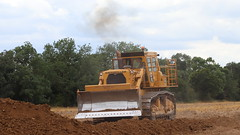 Blade down (Duck 1966) Tags: d9 caterpillar bulldozer weeting weetingsteamenginerally