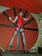 20190310_020931 (magda-liebe) Tags: paris tatoo bondage clubbing cervin cuir chainedecheville french fullyfashionedstockings tgirl highheels outgoing mini vinyl skirt stockings leather transgenre slingback transgender anklet