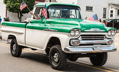 1958 Chevrolet Apache Pickup Truck (scattered1) Tags: chevy mi marquette truck upperpeninsula parade michigan summer classic july4th antique northernmichigan pickup northern independenceday green apache 2019 1958 chevrolet