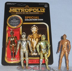 """ReAction - SDCC Robot """"Maria"""" (Darth Ray) Tags: super7 metropolis deathtothemachines reaction robot maria death machines sdcc 2019 star wars tribute special collectors coin starwars automation kenner hasbro ralph mcquarrie concept c3po"""
