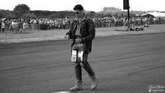 La musique avec Babouc RSD05 (Laurent Quérité) Tags: canonfrance canoneos5dmarkii canonef100400mmf4556lisusm france dijon aéroportdedijon lfsd longvic ba102 rsd05 babouc pilote etr34aquitaine rafalesolodisplay frenchairforce arméedelair meetingdefrance airshow meetingaérien lamusique portrait man homme blackwhite noirblanc
