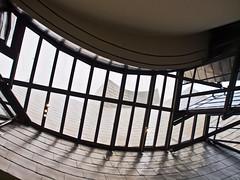 Futuristisch / Futuristc # 29 (schreibtnix on'n off) Tags: reisen travelling europa europe spanien spain bilbao gebäude building guggenheimmuseum frankogehry futuristisch futuristc olympuse5 schreibtnix