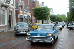 1958 Chevrolet Bel Air (Davydutchy) Tags: dejouwer joure fryslân friesland frisia frise nederland netherlands niederlande paysbas holland vroem 2019 toer rit ride rally tocht ausfahrt classic klassiker klassiek oldtimer veterán auto automobiel automobile car voiture vehicle pkw bil regen pluie rain wet day chevrolet belair usa american june